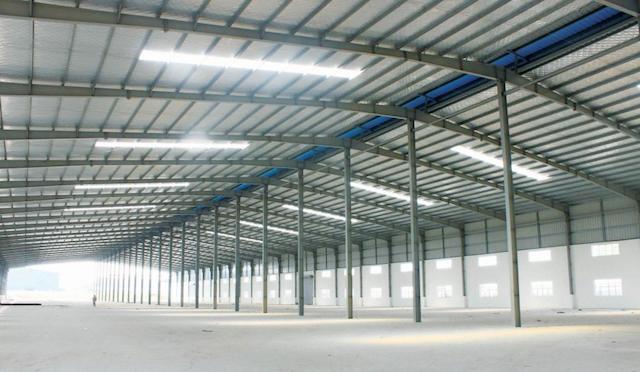 Các doanh nghiệp nên chọn giải pháp thuê nhà xưởng có vị trí tốt và diện tích phù hợp
